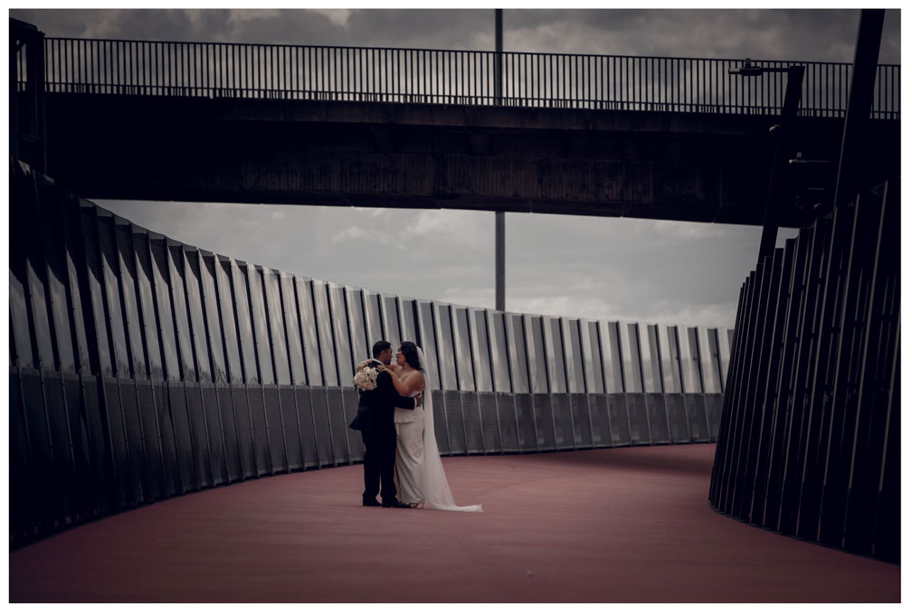 Auckland City wedding photo by Chris Loufte