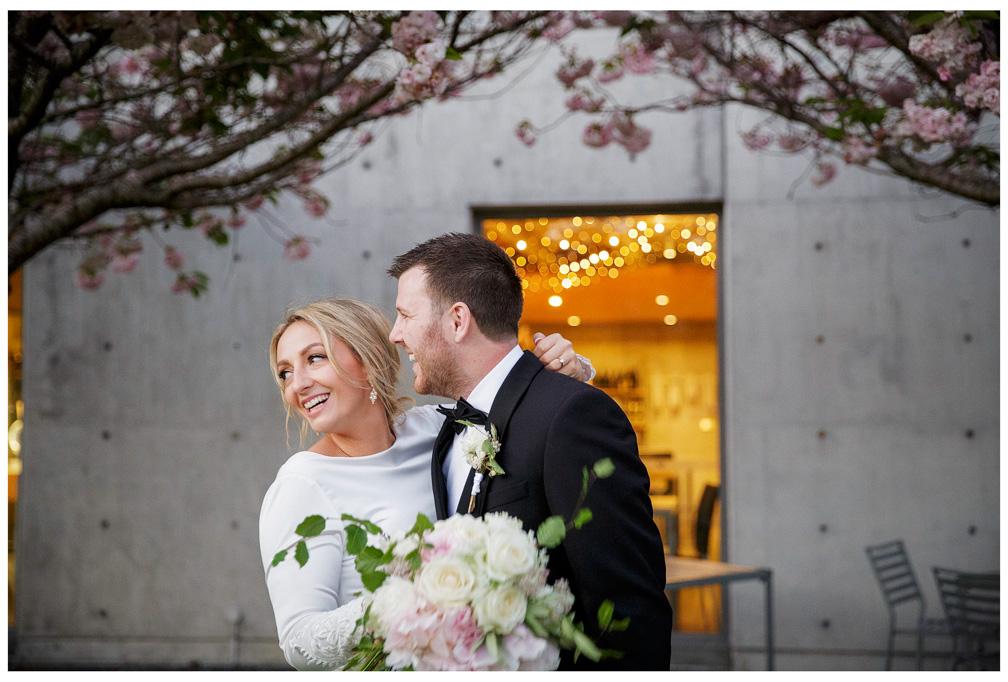 Shiloh & Morgan wedding photos at Villa MAria Auckland