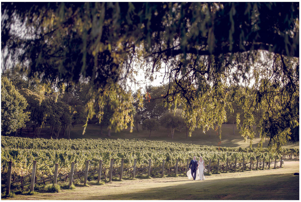 Wedding photo at Villa Maria Auckland by Auckland wedding photographer Chris Loufte