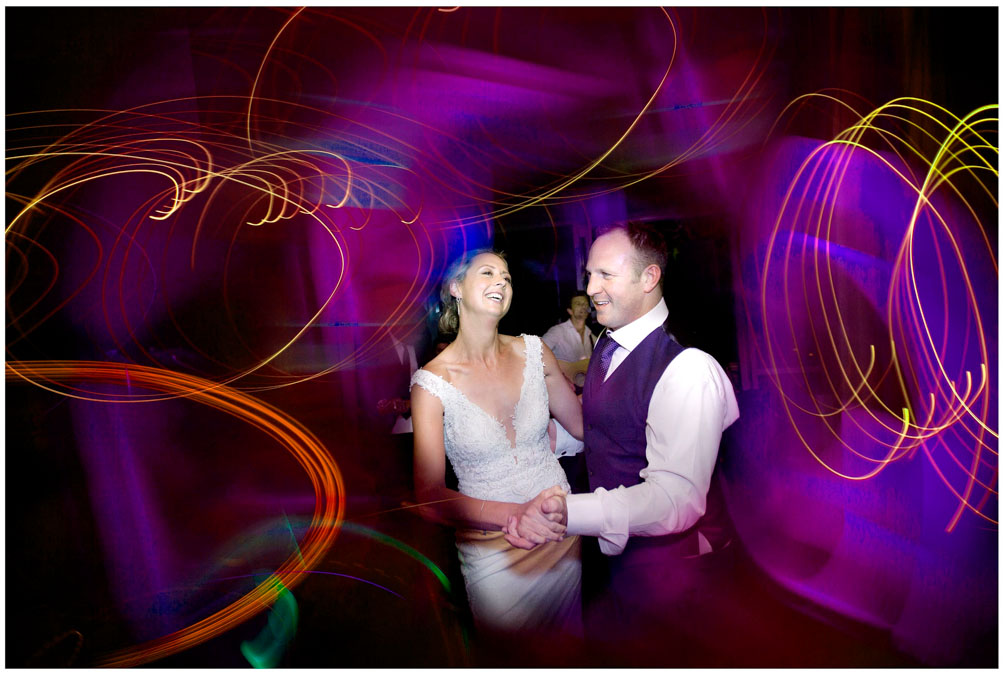 Wedding photo at Villa Maria Auckland by Auckland wedding photographer Chris Loufte first dance