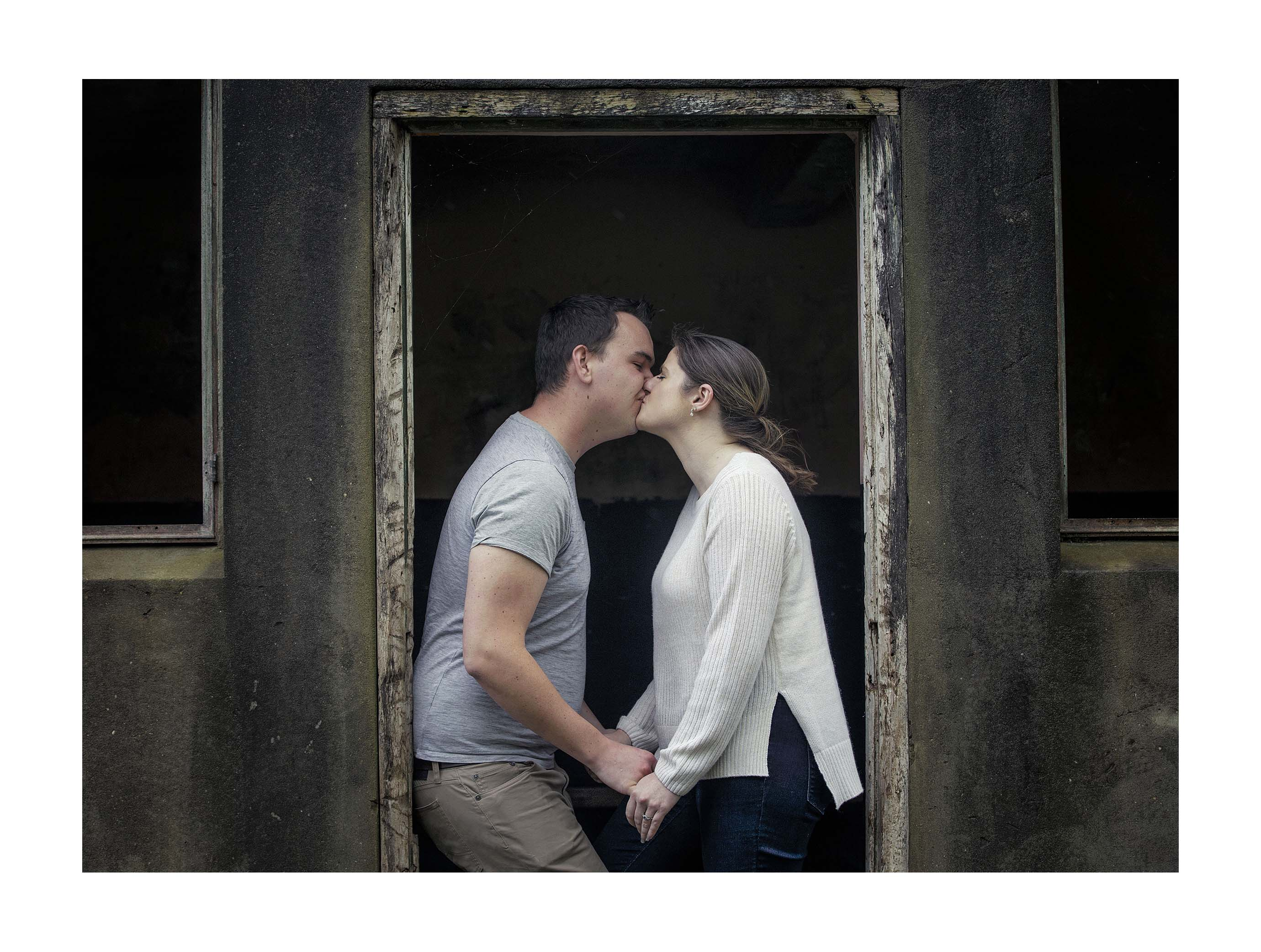 Engagement photo by Auckland wedding photographer Chris Loufte www.theweddingphotographer.co.nz