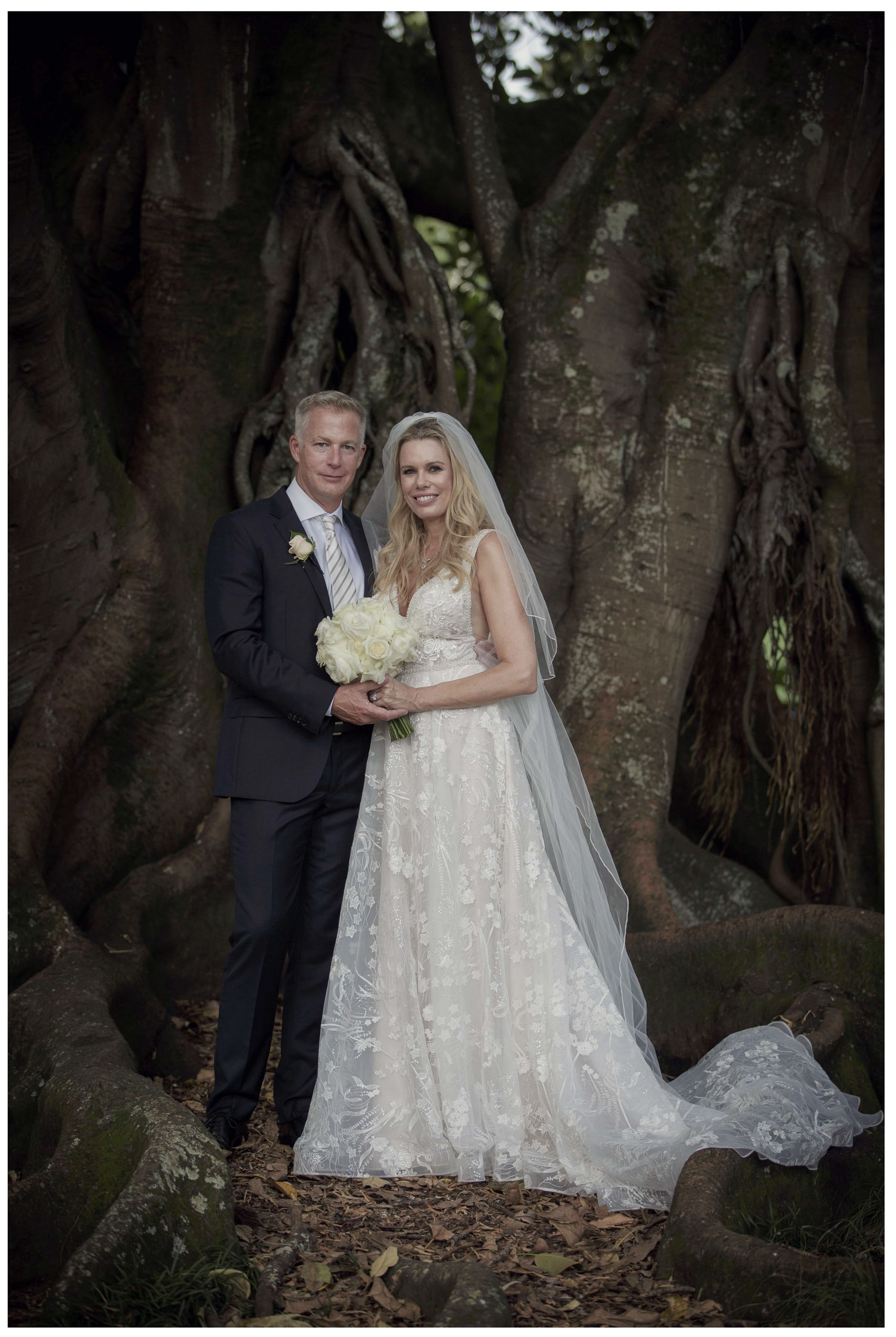 Wedding photo at Albert Park Chris Loufte www.theweddingphotographer.co.nz